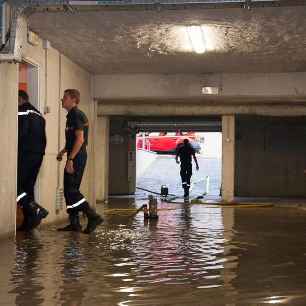 Inondation dans un parking, à Digne