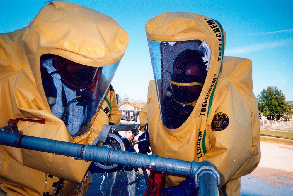 Equipe risques chimiques et technologiques du SDIS 04