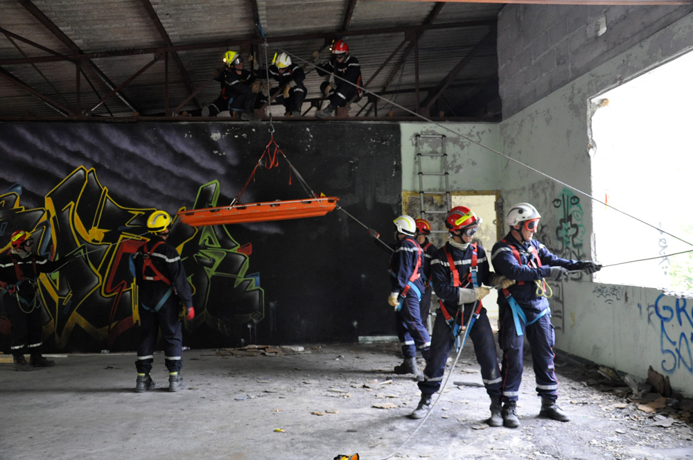 Equipe sauvetage déblaiement du SDIS 04